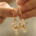 Classic fashion women flower pearls earrings 18k gold plated - White