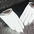 Fashion Women Crystal Genuine Leather Sheepskin Half Palm Short Gloves Size L - White