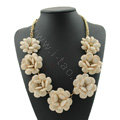 Luxury Crystal Gemstone Pendant Seven flowers Choker Statement Bib Necklace Women Jewelry - Beige