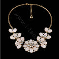 Luxury Crystal White Shell Flower Pendant Choker Bib Statement Necklace Women Jewelry