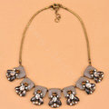 Luxury Fashion Women Exaggeration Choker Crystal Flower Retro Bib Necklace Jewelry - Grey
