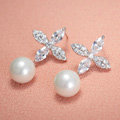 Elegant Wedding Bridal Europe Clovers Pearl Zircon Eardrop Earrings Woman Jewelry