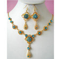 Vintage Wedding Bridal Jewelry Blue Rhinestone Flower Gold Plated Chain Necklace Earrings Set