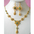 Vintage Wedding Bridal Jewelry Rhinestone Flower Green Gold Plated Chain Necklace Earrings Set