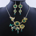 Wholesale Vintage Wedding Bridal Jewelry Alloy Tassel Flower Green Rhinestone Necklace Earrings Set