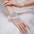 Sweety Rhinestone Lace Flower Bridal Wristlet Wedding Dress Stage Crystal Bracelet Chain Accessories